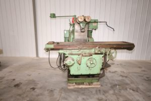 "Kearney & Trecker Model 330TF-17 Horizontal Mill, 72"" x 17"" Table"