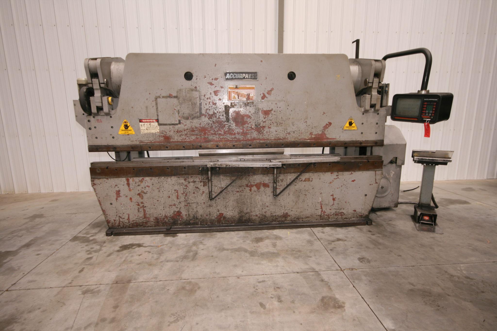 Accurpress 12 X 175 Ton Cnc Press Brake Model 717512